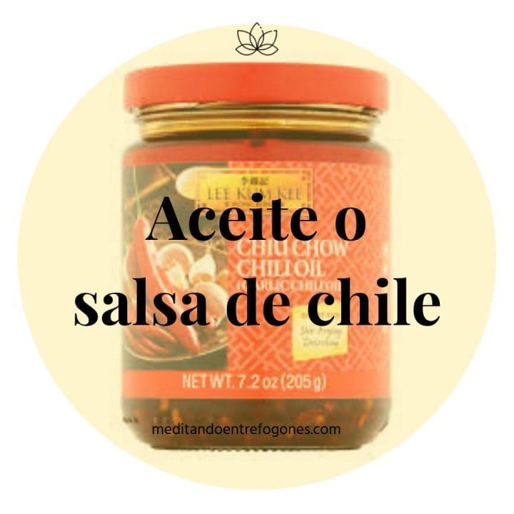 Introducción a la cocina asiática: guía de ingredientes: aceite o salsa de chile