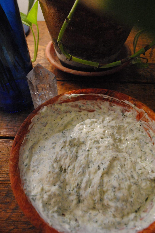 Tzaziki griego: salsa de yogourt y pepino