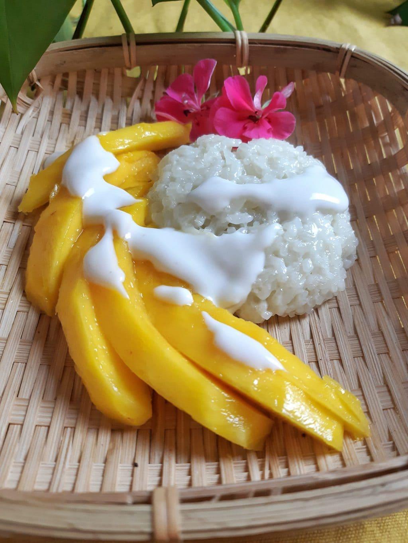 mango sticky rice tailandés