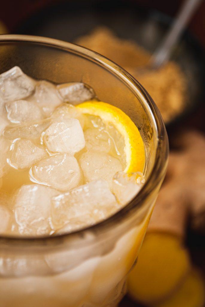 refresco de jengibre y limón